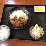 山崎家うどん - 料理写真: