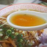 小藤食堂 - 和風しょうゆラーメン(スープ)