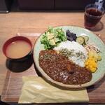 東京オーブン -