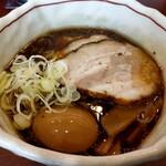 らーめん 誠や - 料理写真:チャーシュー麺小+味玉
