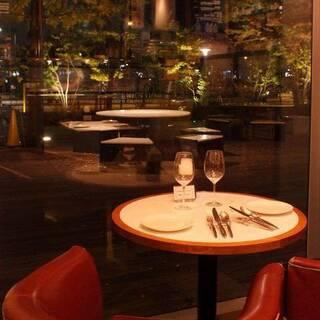 《デートにおすすめ》2人の特別なひと時を彩るおしゃれな空間