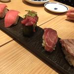 鮨・酒・肴 杉玉  - 本鮪大とろ¥¥109×2と八の身寿司¥329