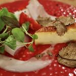 136059356 - 前菜盛り合わせ(まぐろ、かんぱち、いかのカルパッチョ、プッラータチーズとフルーツトマトのカプレーゼ、自家製の豚ハム、プレーンのキッシュ トリュフ添え)