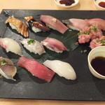 海鮮うまいもんや 浜海道  - ぜいたく市場寿司です。