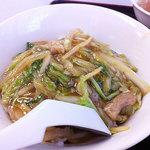 大興飯店 - セットメニュー1番 冷やし中華+豚肉細切中華丼 700円