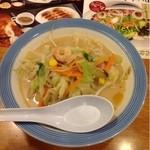 リンガーハット - 料理写真:スモールちゃんぽん  450円