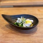 新福島 たいよう - おかひじきの酢味噌和えと、イタヤ貝