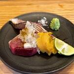新福島 たいよう - 鰹のタタキ、鰆の炙り、北海道の白雲丹