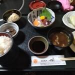 旬菜処 千尋 - 料理写真:刺身定食