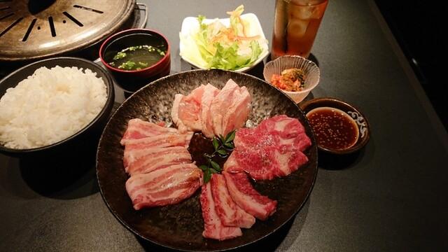 特撰黒毛和牛専門店 薩摩 うしのくら 四谷店の料理の写真