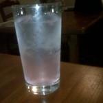 ダイニングバー フルフル - 相方が頼んだほんのりピンクの桜ソーダ
