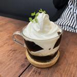 カフェ&バーマスタング -
