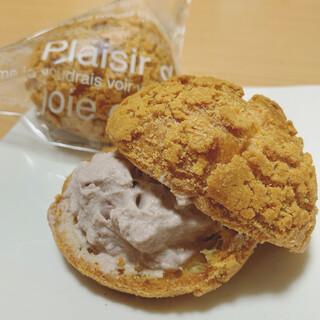 セキト - 料理写真:志んこ餡クリーム入りクッキーシュー