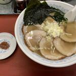ラーメン中華田 - 料理写真:塩チャーシュー麺 950円