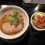 麺坊ひかり - 柳麺(醤油)ラーメン 三彩飯