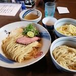 麺や 虎徹 - 料理写真:最初から替玉2種類