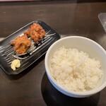 麺屋28 - 唐揚げ(2個)ライスセット