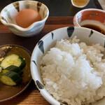 手打 玄蕎麦 ことぶき - 玉子かけご飯 300円