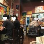 焼麺 - 店内
