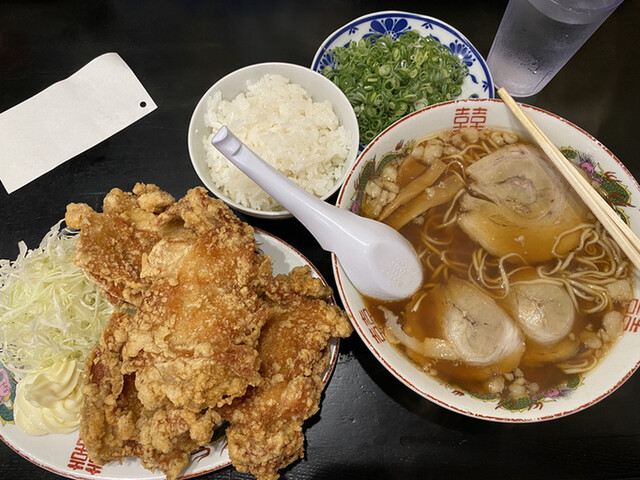 尾道らーめん 三公 - 県庁前/ラーメン [食べログ]