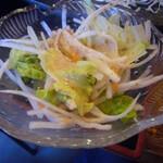 日比野市場鮮魚浜焼きセンター - 野菜サラダ