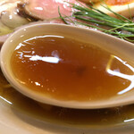 136201725 - 2020.8.29  醤油の純鶏そば 特製