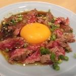 かどや - 2012.6 牛レアユッケ(400円)