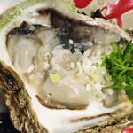 チャイニーズフードエイト - 岩牡蠣