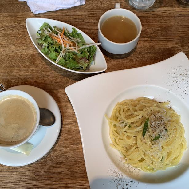 RAINBOW CAFE&WINE DINING 三軒茶屋の料理の写真