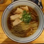 コッチネッラ - 料理写真:中華そば(700円、真上から)