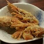 近江町食堂 - お通しが意外な美味しさ。香ばしくて、これはアリです