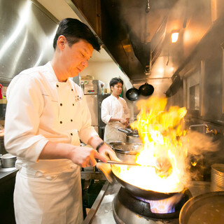【料理人・秋場俊雄】伝統の中華と独創性の料理