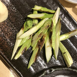 蟹喰楽舞 別館 - アスパラ焼き 450円