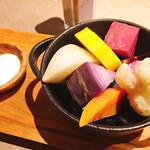 デギスタシオン - 蒸し野菜と自家製ソルト