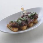 ロコ コロ - ハラミとながいも串塩麹とパセリのソース ¥400