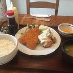 うっちゃり食堂 - コンビ定食2品
