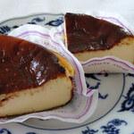 ル・リベラリスム・シーオー パティスリー・タツヤ・ササキ - バスクのチーズケーキ370円
