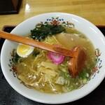 味のももんじ - 料理写真:塩ラーメン 650円