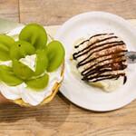 生クリーム専門店 MouMou Cafe - クレープの生地も もちもちしてて美味しい〜