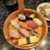 廻鮮寿司 すし松 - 料理写真:極上桶盛りランチ