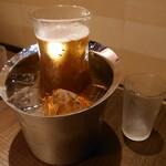 焼肉トラジ - 生ビールデキャンタ1,280円(税抜)