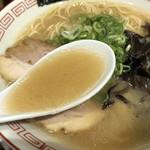 フクフク - 豚骨スープ