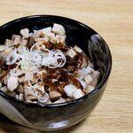 ラーメン 華香 - 角切りチャーシュー丼
