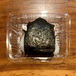 安田製麺所 - 玉子焼きそば ¥680 のおにぎり