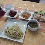 レストラン サダフ -