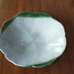 エルザ - その他写真:普段使いに大皿を¥1000で買っちゃいました。