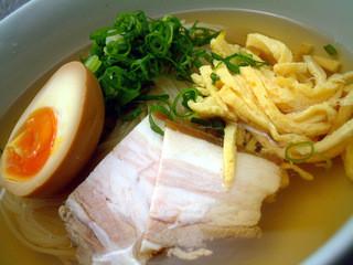 平和園 - この時期人気急上昇の「冷麺」 スープは自家製!一度食べたら絶対はまります!!!