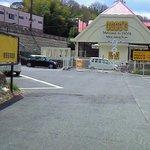 Kokosu - 駐車場から・・・