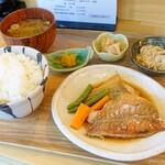 襷食堂 - 2020年6月 煮魚定食【税抜700円】
