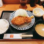 とんかつ 田 - 料理写真:ランチロースカツ定食 1000円